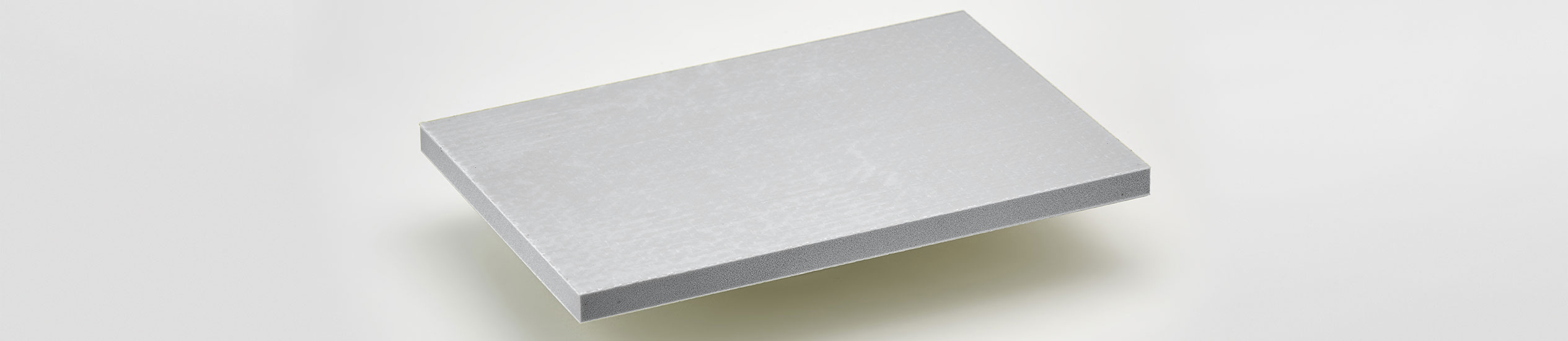 PET-STEP is a lightweight sandwich panel with a core in PET foam with glass fibre reinforced with epoxy resin.